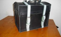 H-Koffertje-van-tuigleer-in-meerdere-maten
