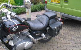 Kawasaki Vulcan 1500 motorzadels verkleinen en bekleden